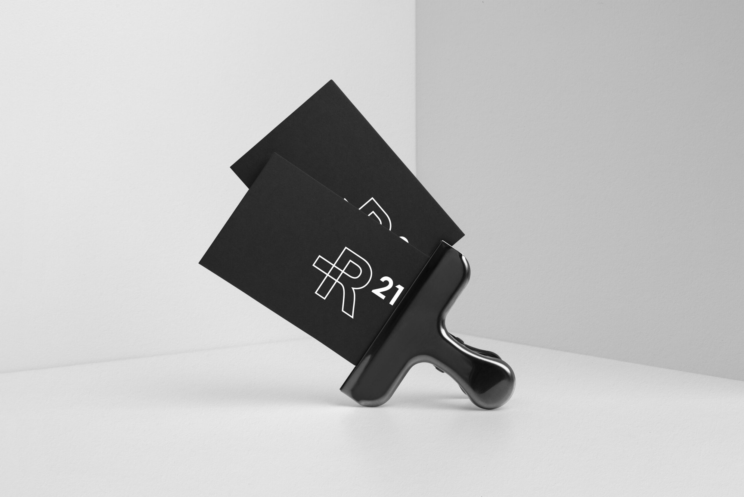 R21 brand identity design graphic drogheria studio business cards