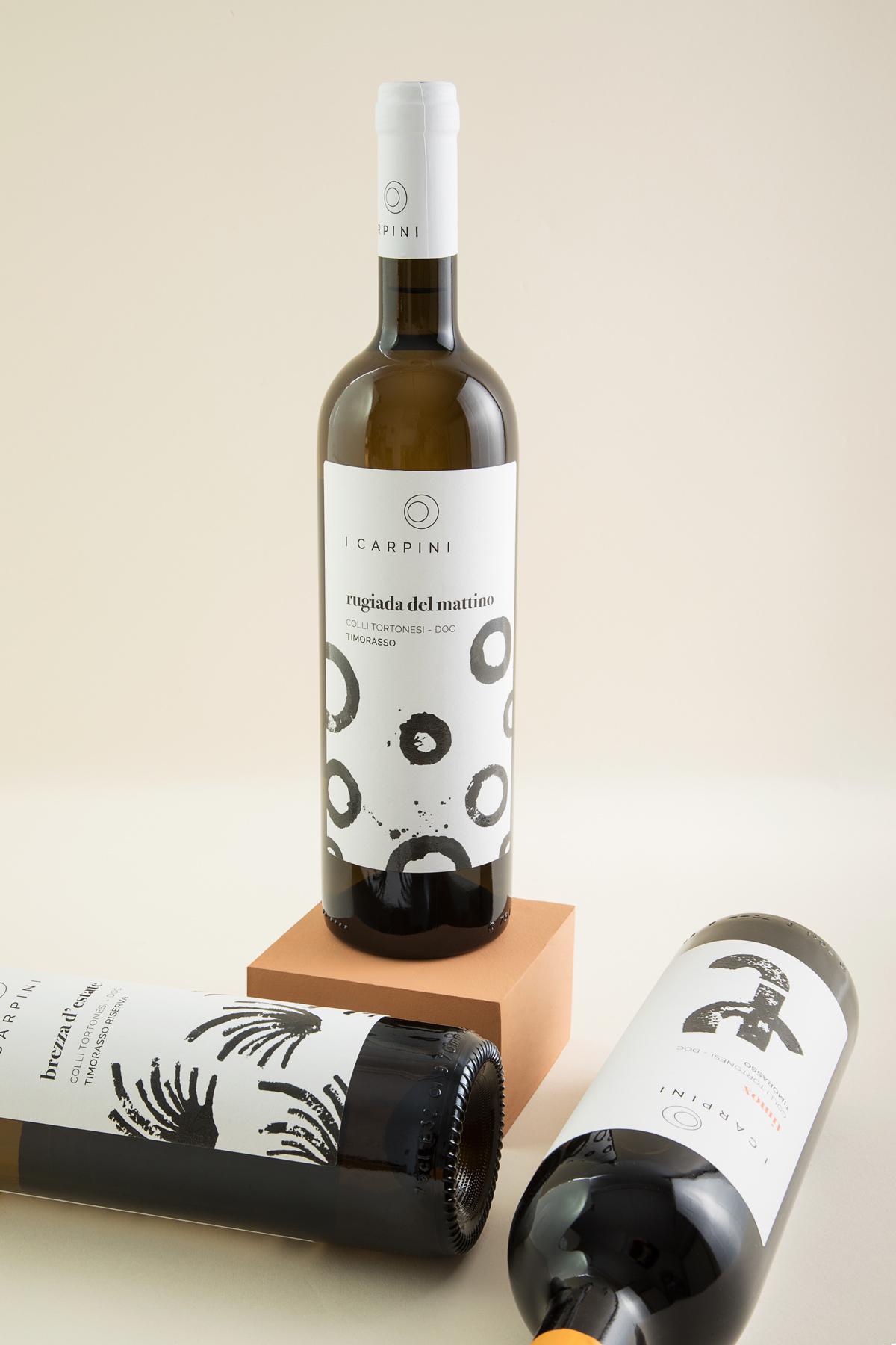 RUGIADA_DEL_MATTINO_i_carpini_wine_packaging_design_wine_design_drogheria_studio_bianco