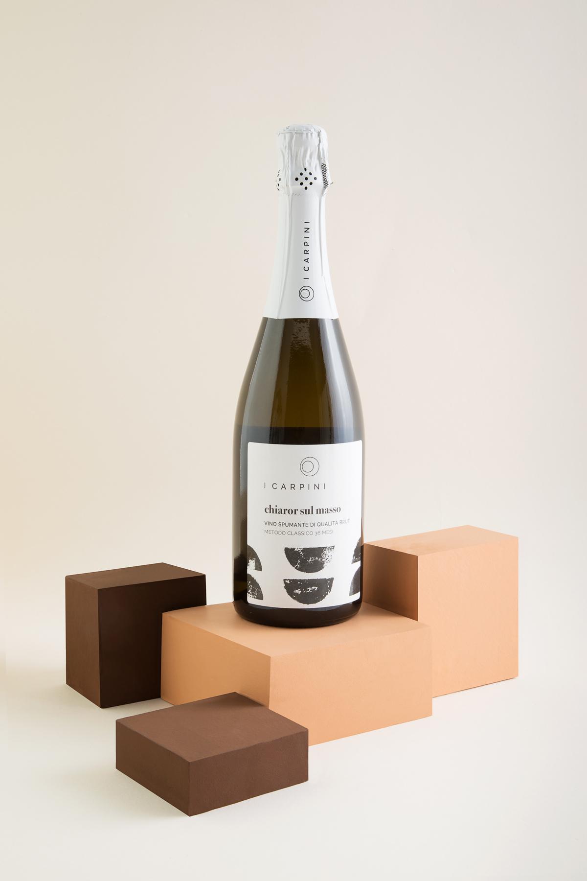SPUMANTE_i_carpini_wine_packaging_design_wine_design_drogheria_studio_bianco